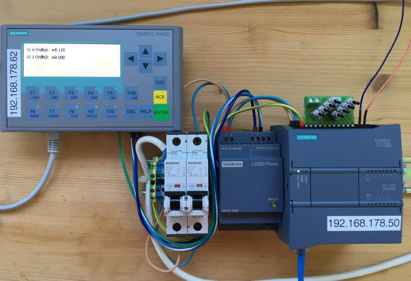 Simatic S7 1200 PLC with KP300 Simatic Panel